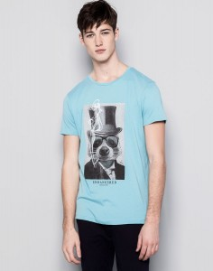 pull_and_bear_desenli_tshirt